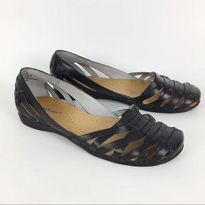 Bare Traps Black Leather Elton Sandals Flats 8.5